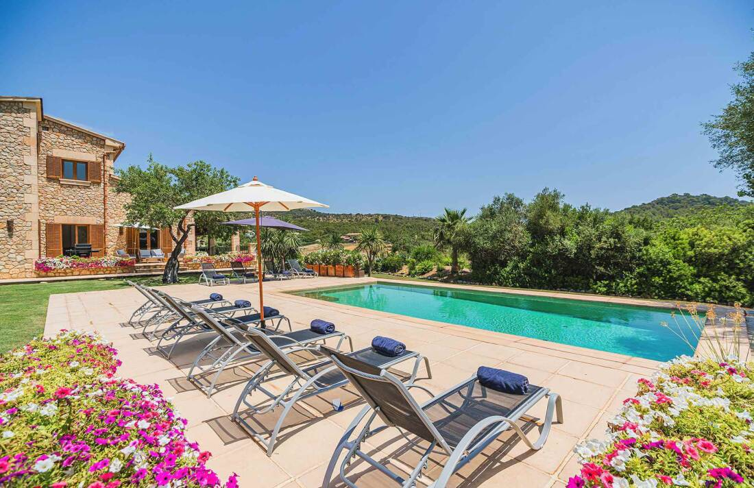 01-348 Luxury Family Finca Mallorca North Bild 1