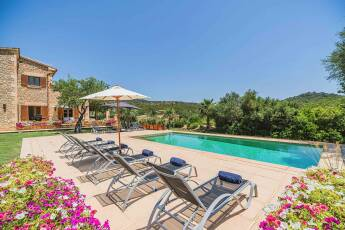 01-348 Luxury Family Finca Mallorca North