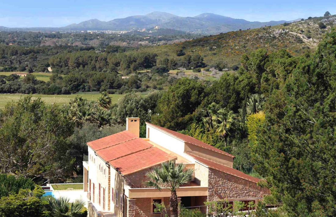 01-327 moderne Golfplatz Villa Mallorca Nordosten Bild 1