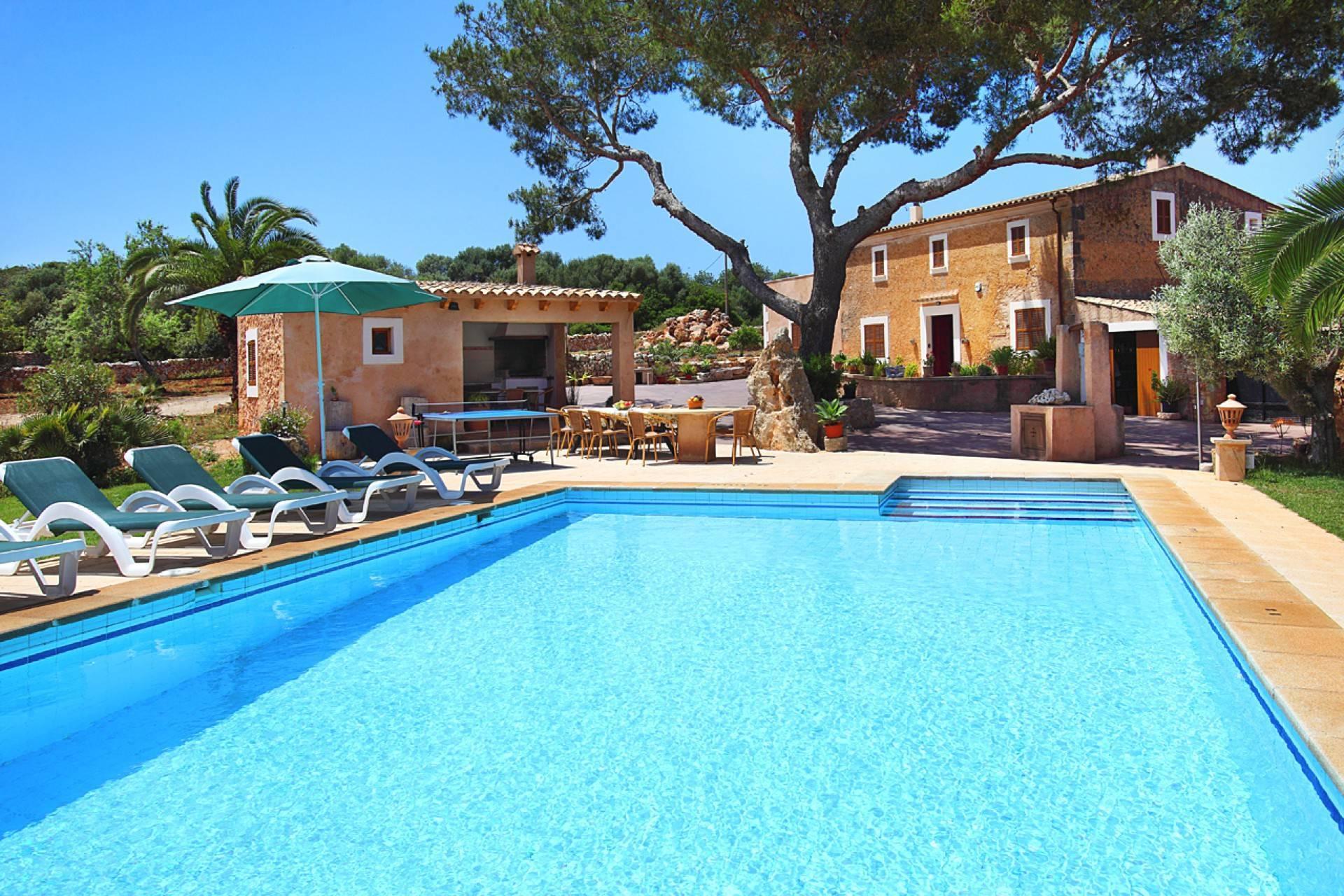 01-142 Rustic farmhouse Mallorca east Bild 1