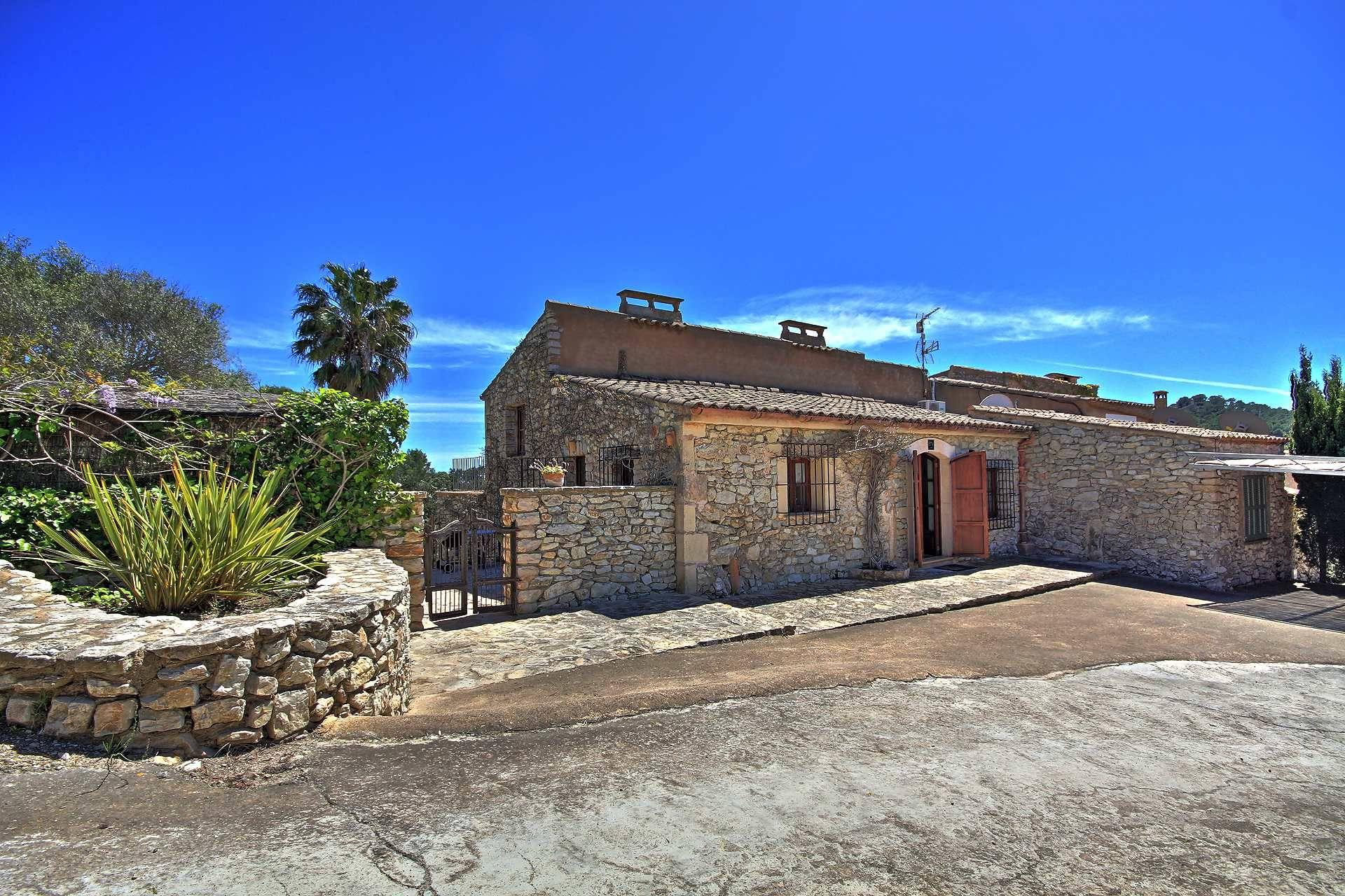 01-15 Familienfreundliche Finca Mallorca Osten Bild 1