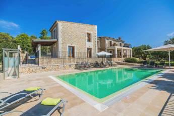 01-155 exklusive Luxus Villa Norden Mallorca