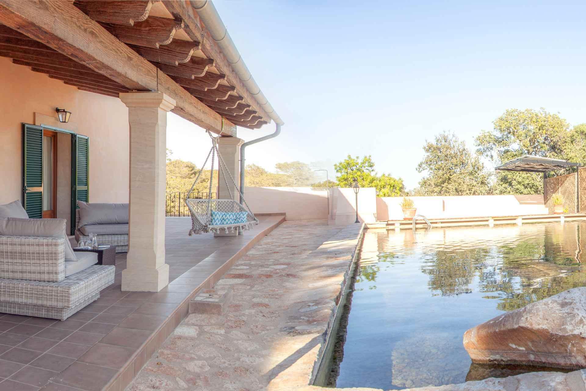 01-342 Finca mit Natur Pool Mallorca Osten Bild 1