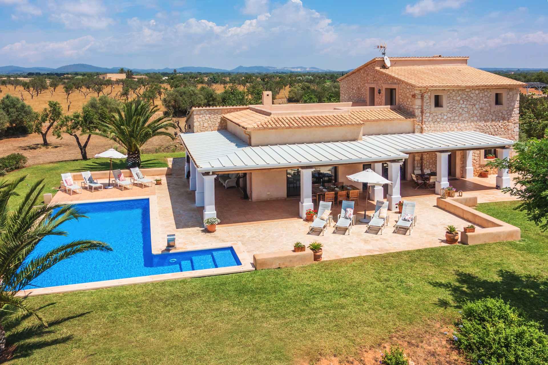 01-05 Mediterrane Finca Mallorca Süden Bild 1