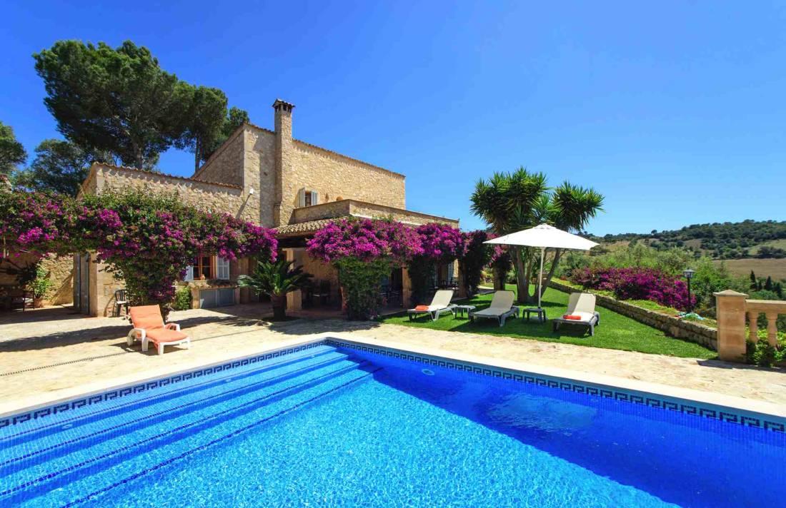 01-147 idyllische Finca Mallorca Osten Bild 1