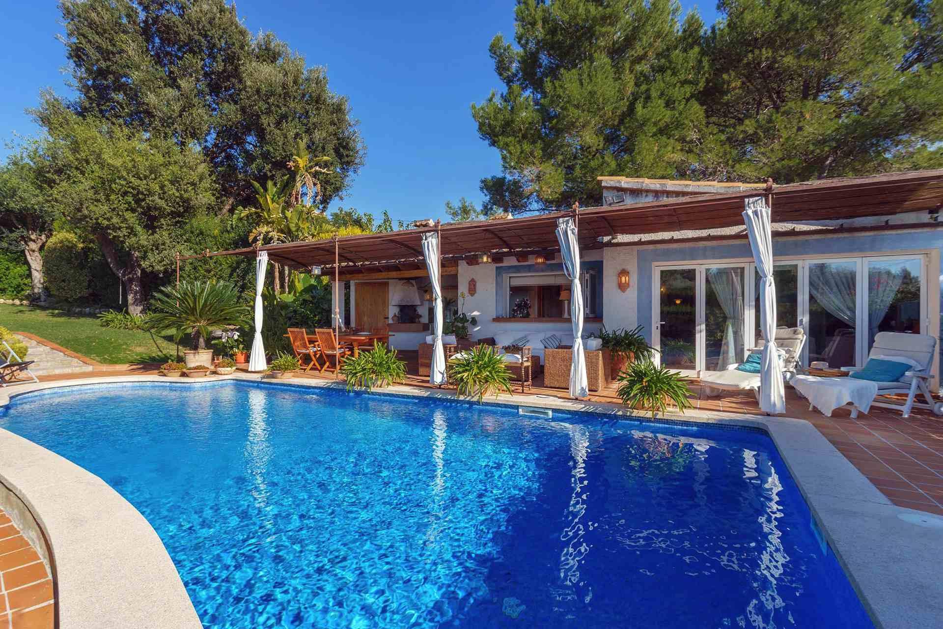01-287 cozy Finca North Mallorca Bild 1