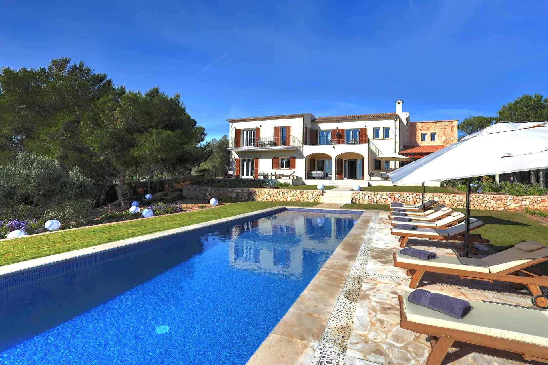 01-315 brand new luxury Finca east Mallorca Bild 1