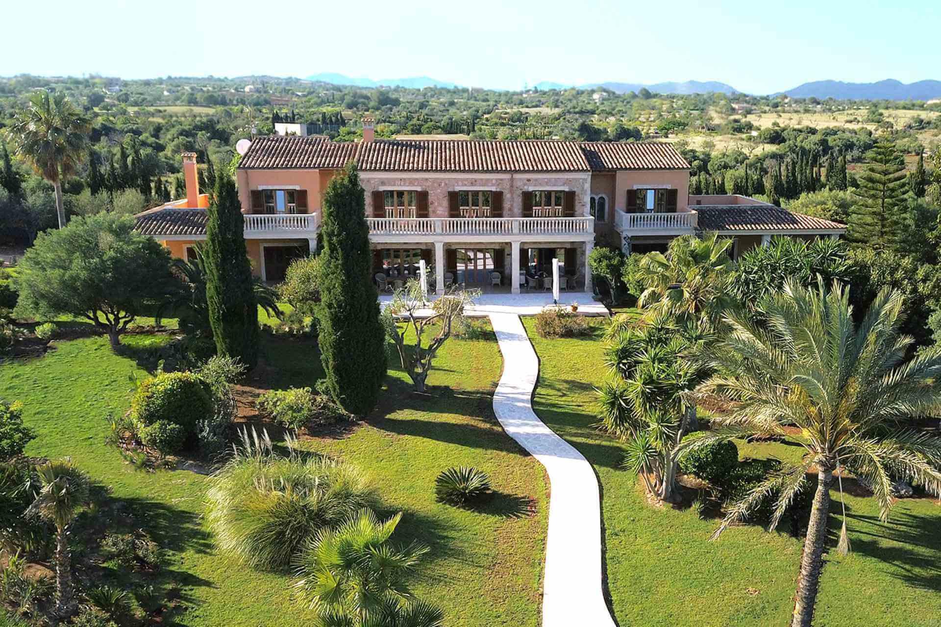 01-319 riesige luxus Finca Mallorca Osten Bild 1