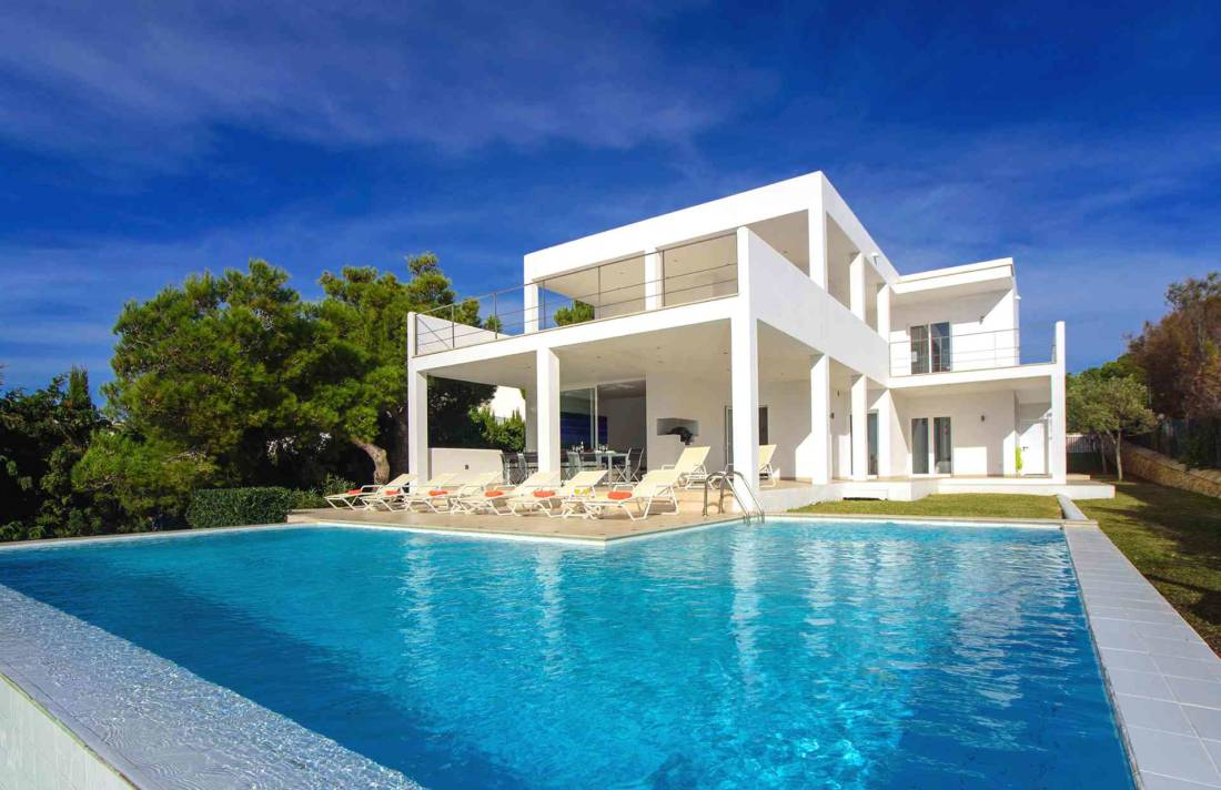 01-156 moderne Meerblick Villa Mallorca Osten Bild 1