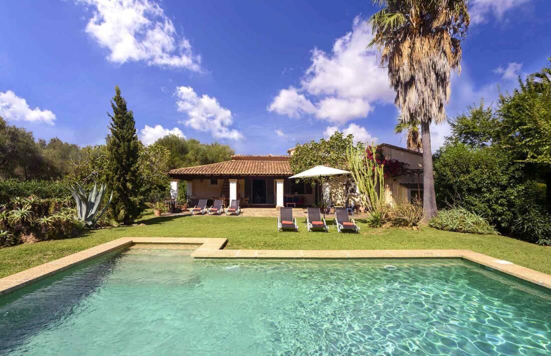 01-161 Finca mit hübschem Garten Mallorca Norden Bild 1