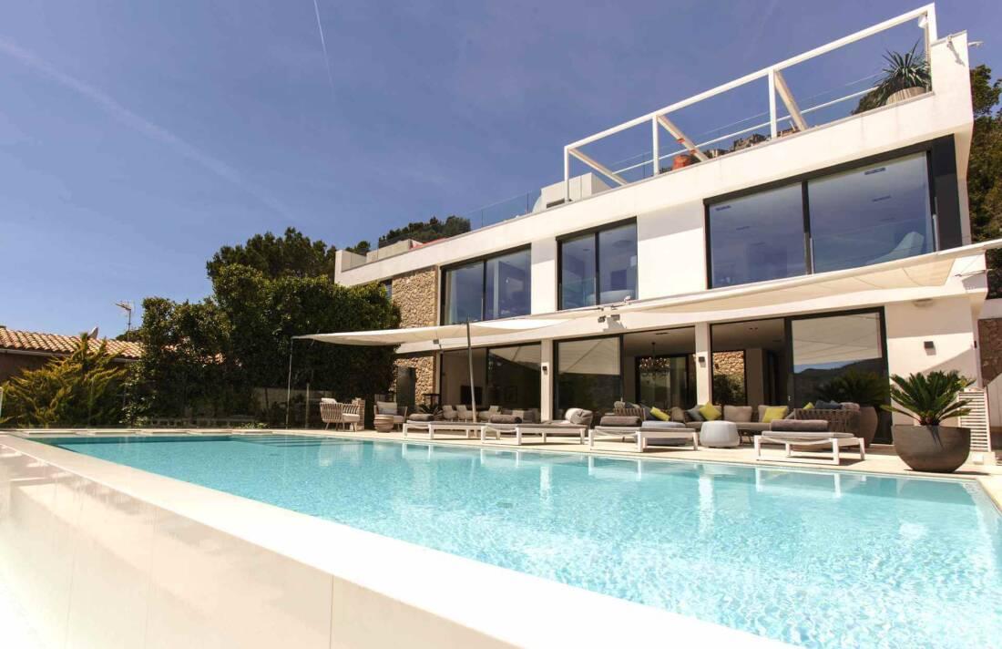 01-353 Villa mit Indoorpool Mallorca Südwesten Bild 1