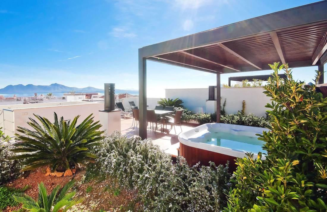 01-203 Luxus Ferienwohnung Mallorca Norden Bild 1