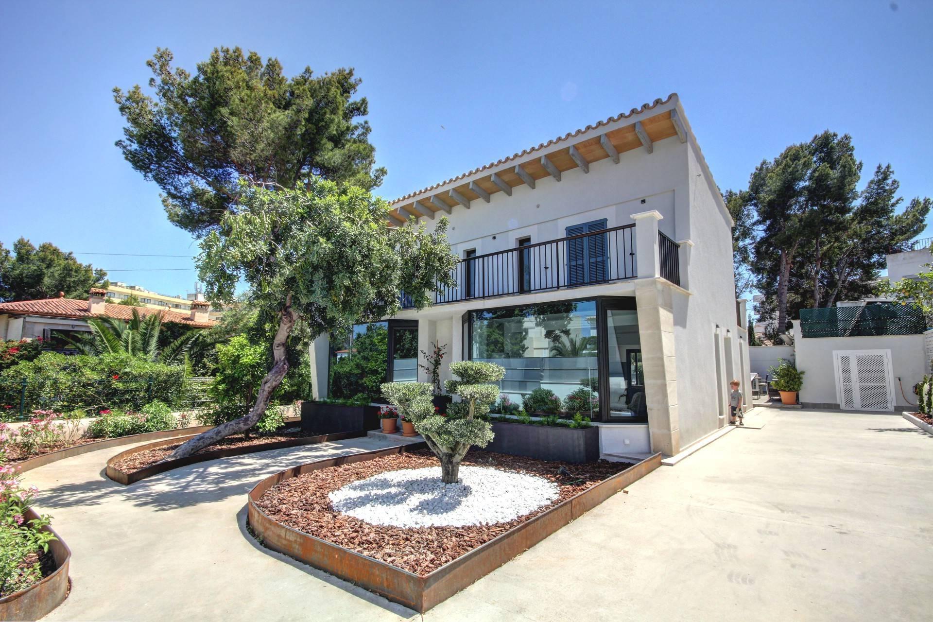 01-264 Modernes Ferienhaus Mallorca Südwesten Bild 1