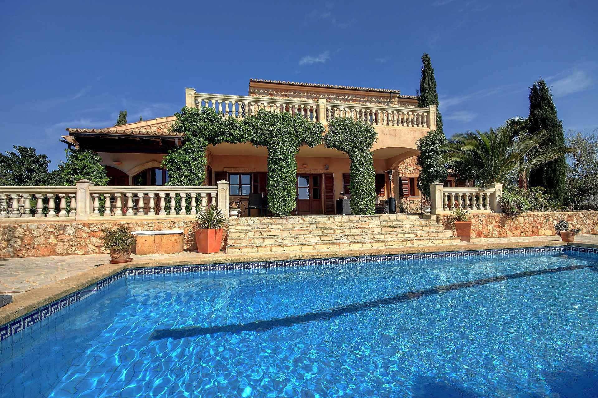 01-259 Finca Mallorca Süden mit Pool Bild 1