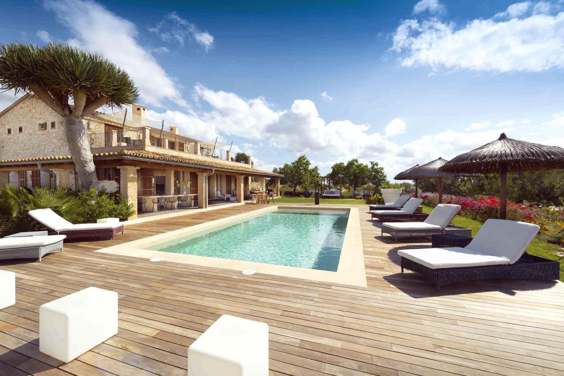 01-354 Luxus Design Finca Mallorca Zentrum Bild 1
