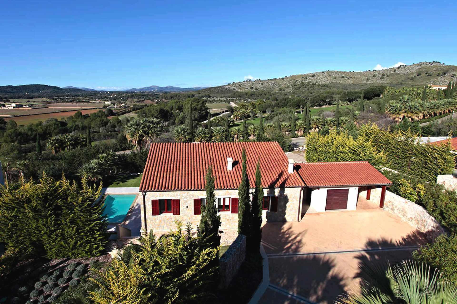 01-326 Design Villa Golfplatz Nordosten Mallorca Bild 1