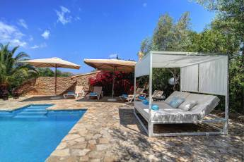01-56 charming Finca Northeast Mallorca