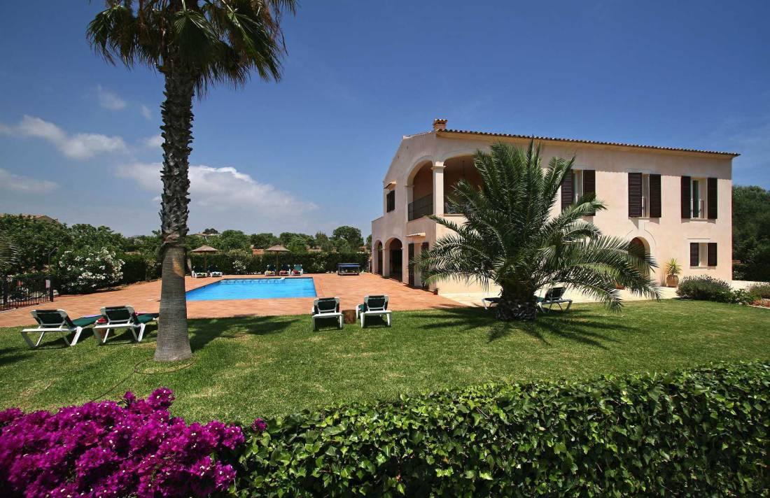 01-39 Traditionelle Finca Mallorca Osten Bild 1