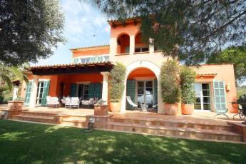 01-98 Extravagantes Ferienhaus Mallorca Osten
