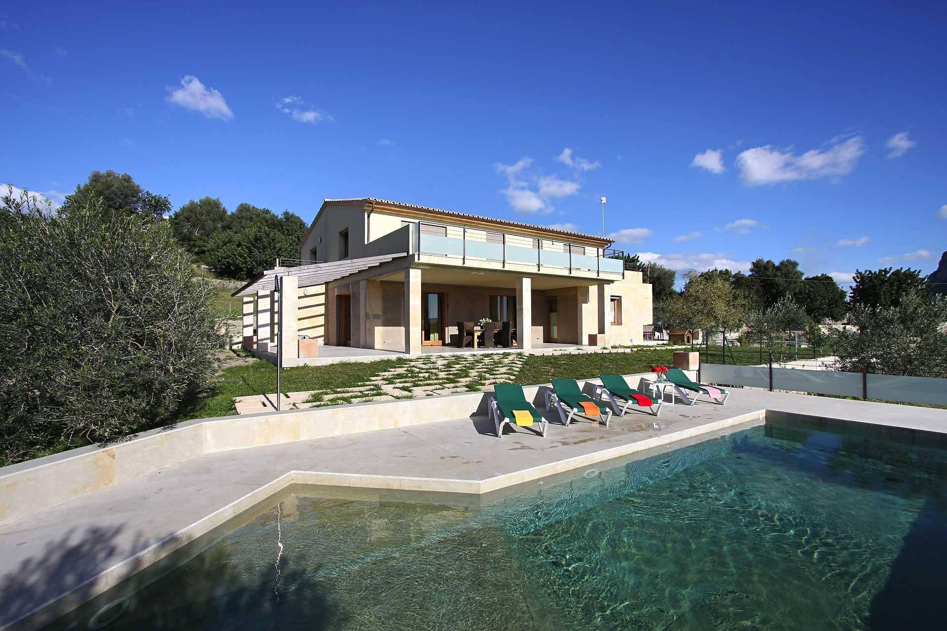 01-36 klassische Villa Mallorca Norden Bild 1