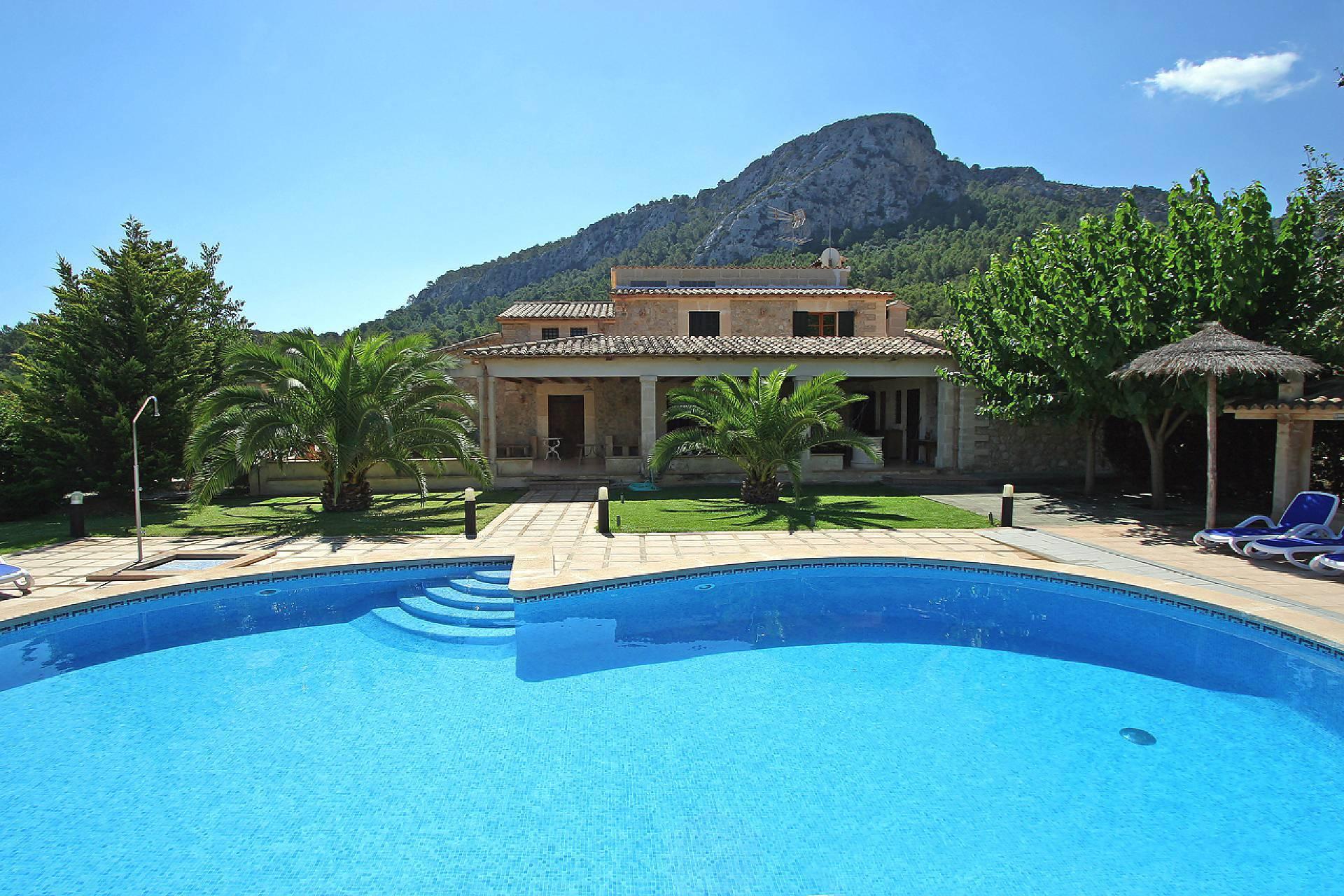 01-148 altes Farmhaus Mallorca Norden Bild 1