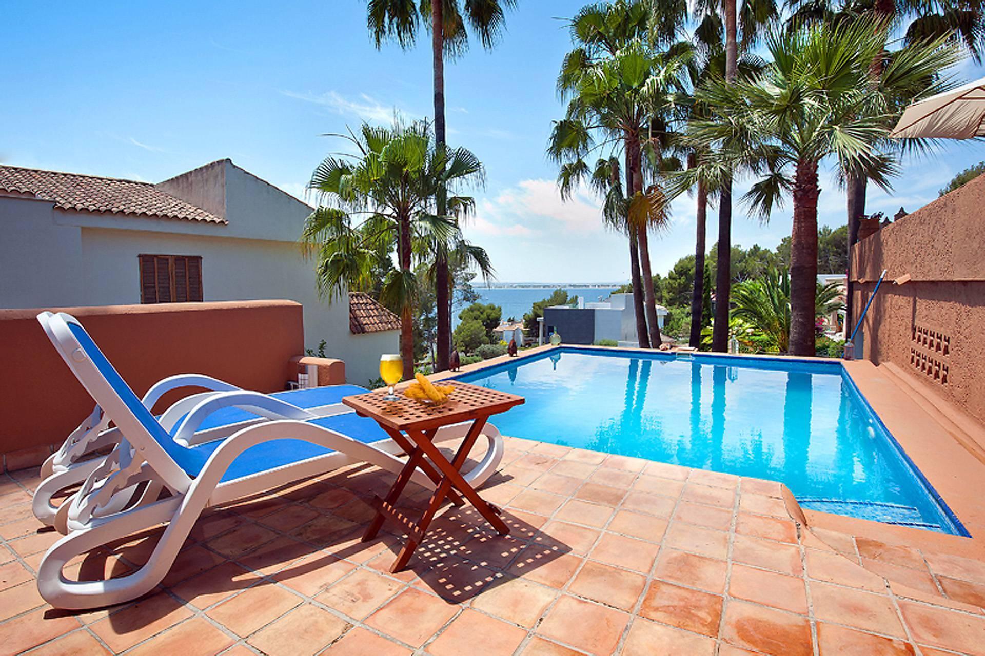 Mediterrane Villa Mallorca Norden In Alcudia Luxus