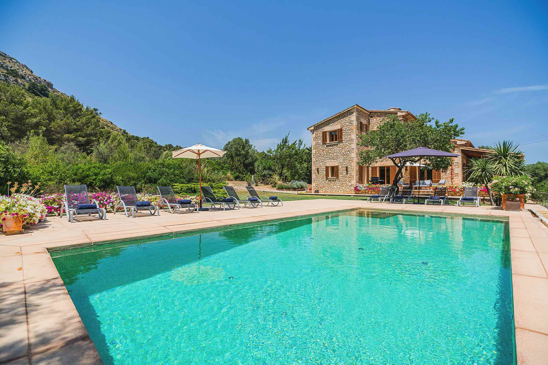 01-348 Luxury Family Finca Mallorca North Bild 2