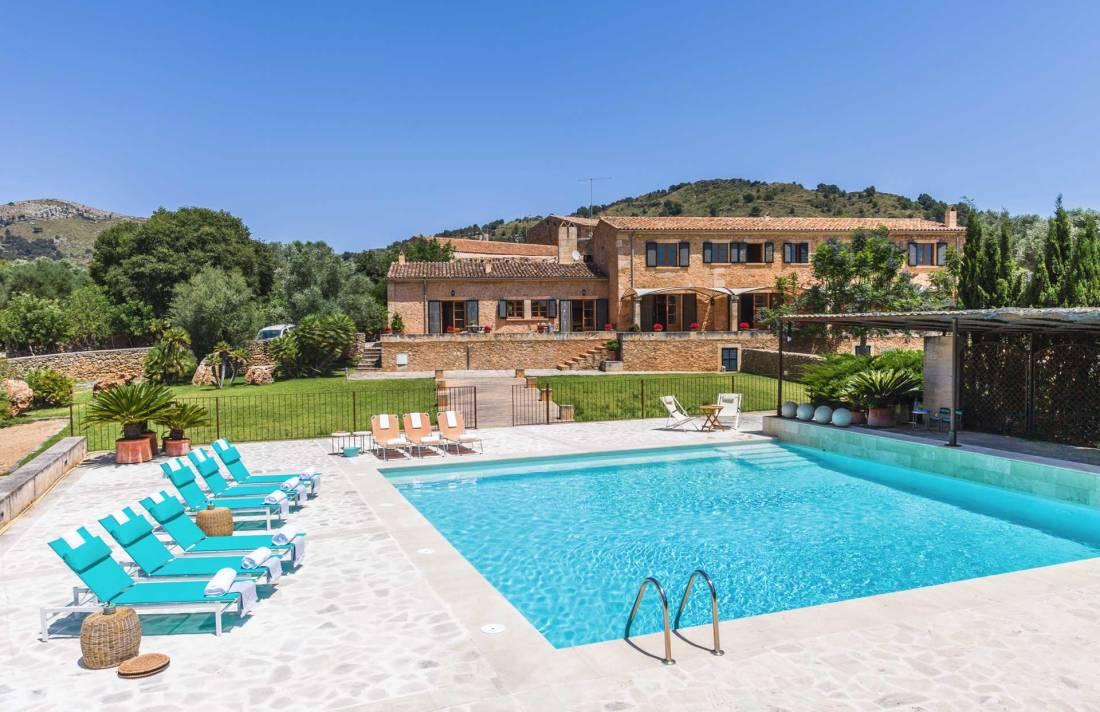 01-115 großzügige Finca Mallorca Nordosten Bild 2