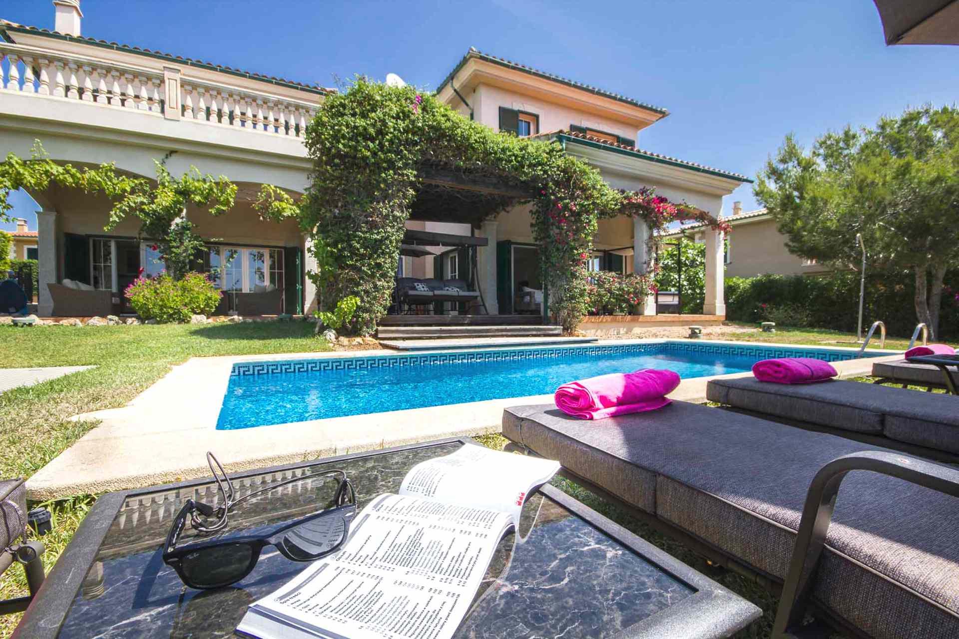 01-302 hübsches Ferienhaus Mallorca Südwesten Bild 2