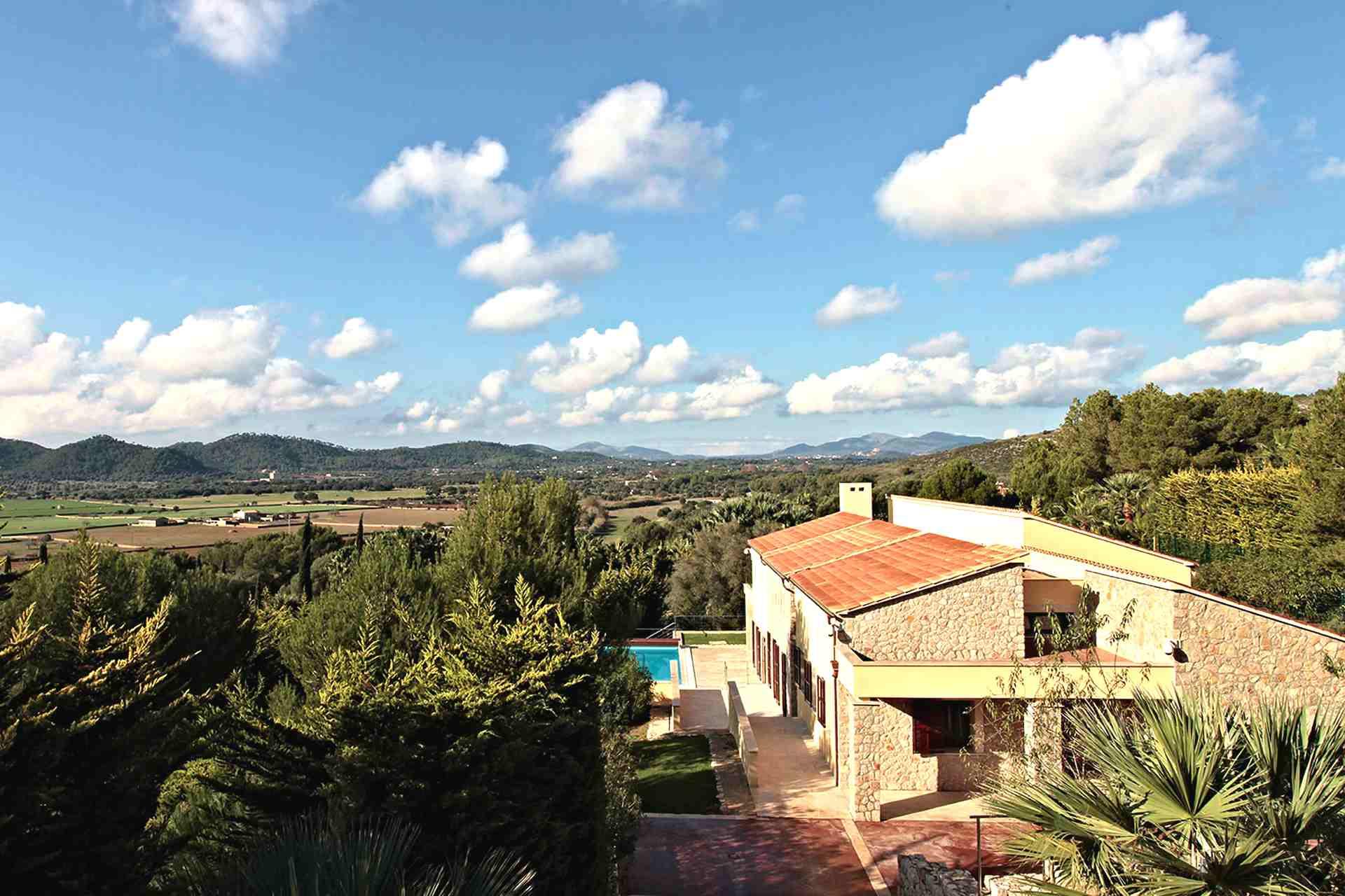 01-327 moderne Golfplatz Villa Mallorca Nordosten Bild 2