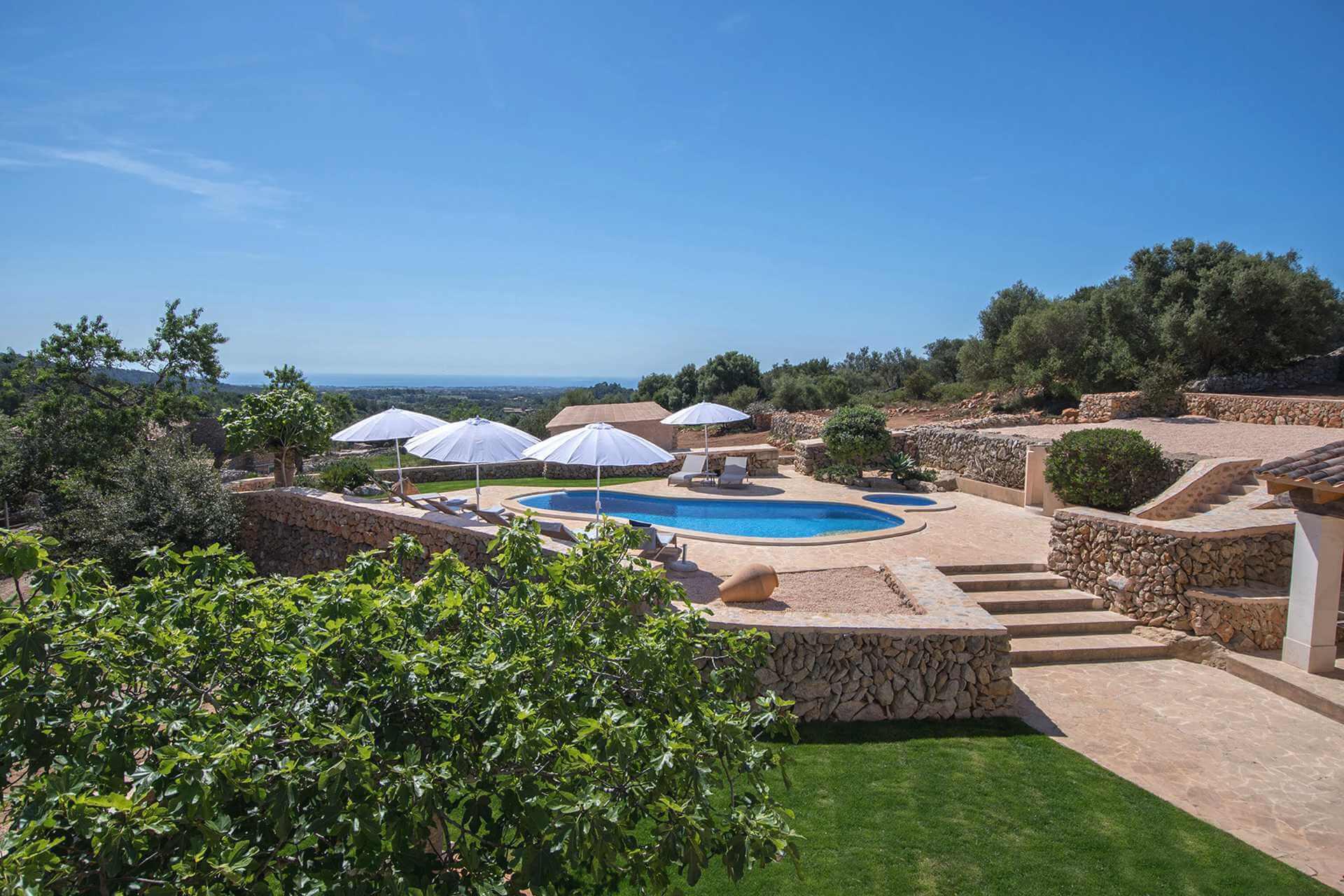 01-345 moderne Meerblick Finca Mallorca Osten Bild 2