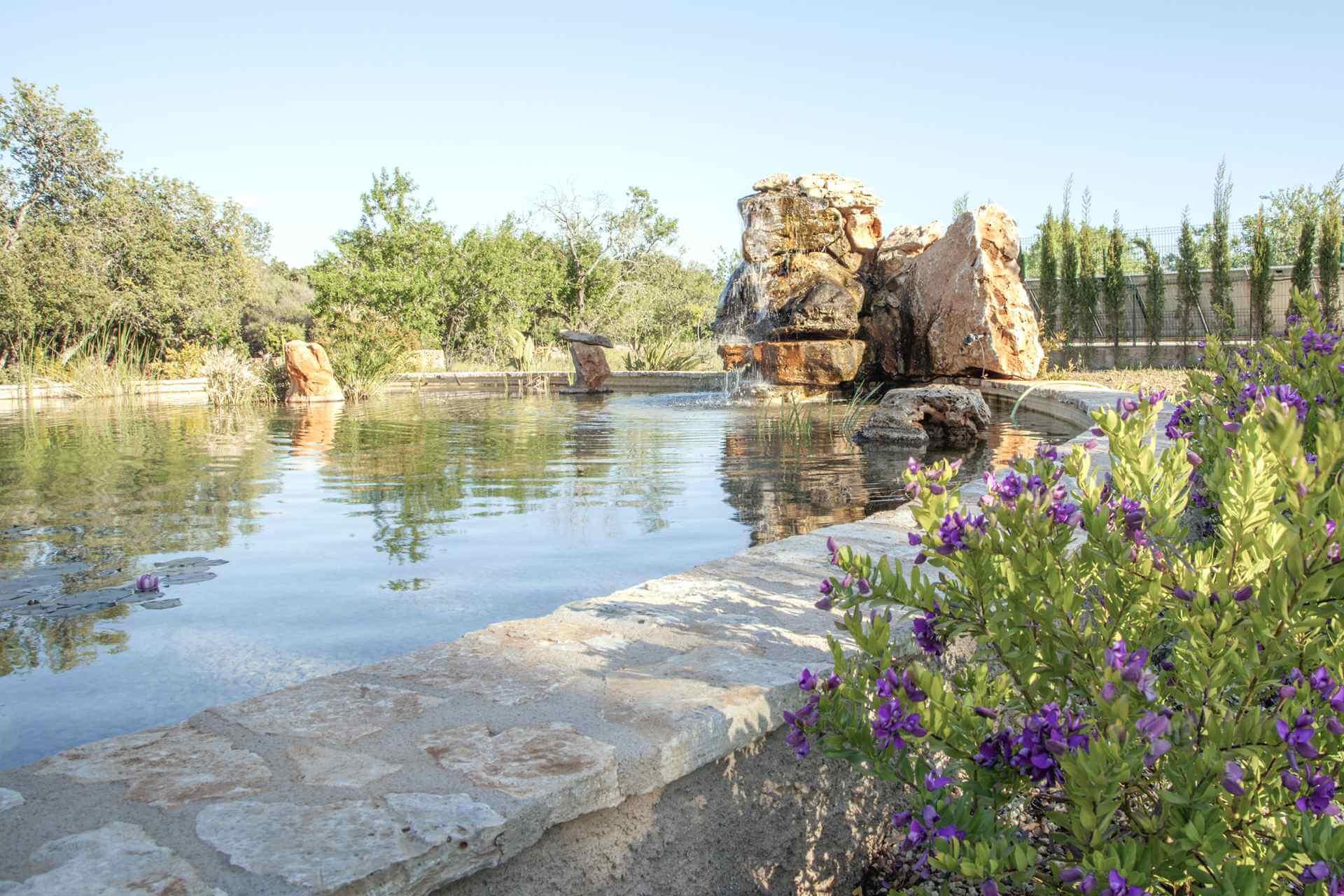 01-342 Finca mit Natur Pool Mallorca Osten Bild 2