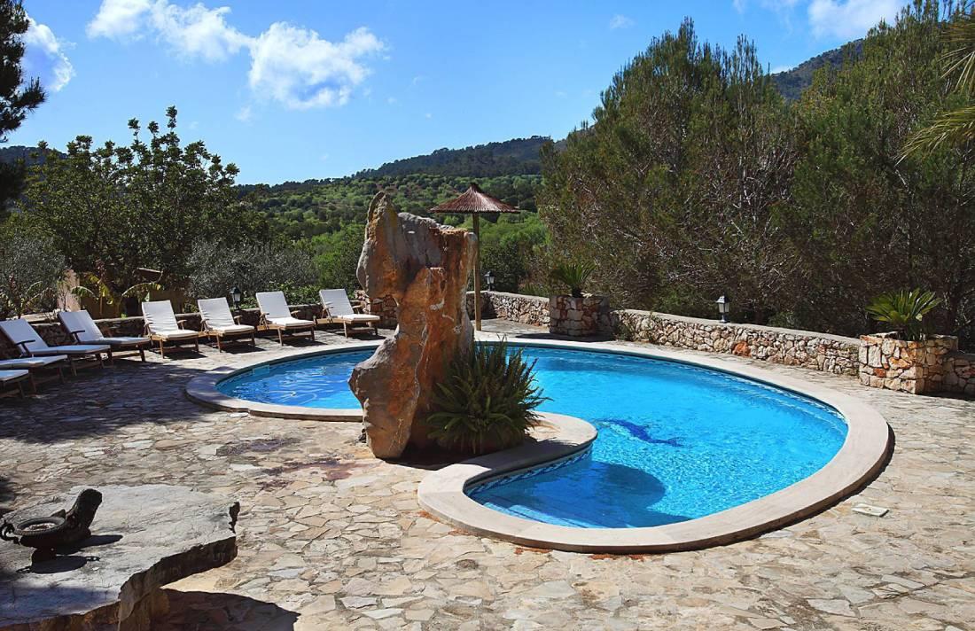 01-138 wintertaugliche Finca  Mallorca Osten Bild 2