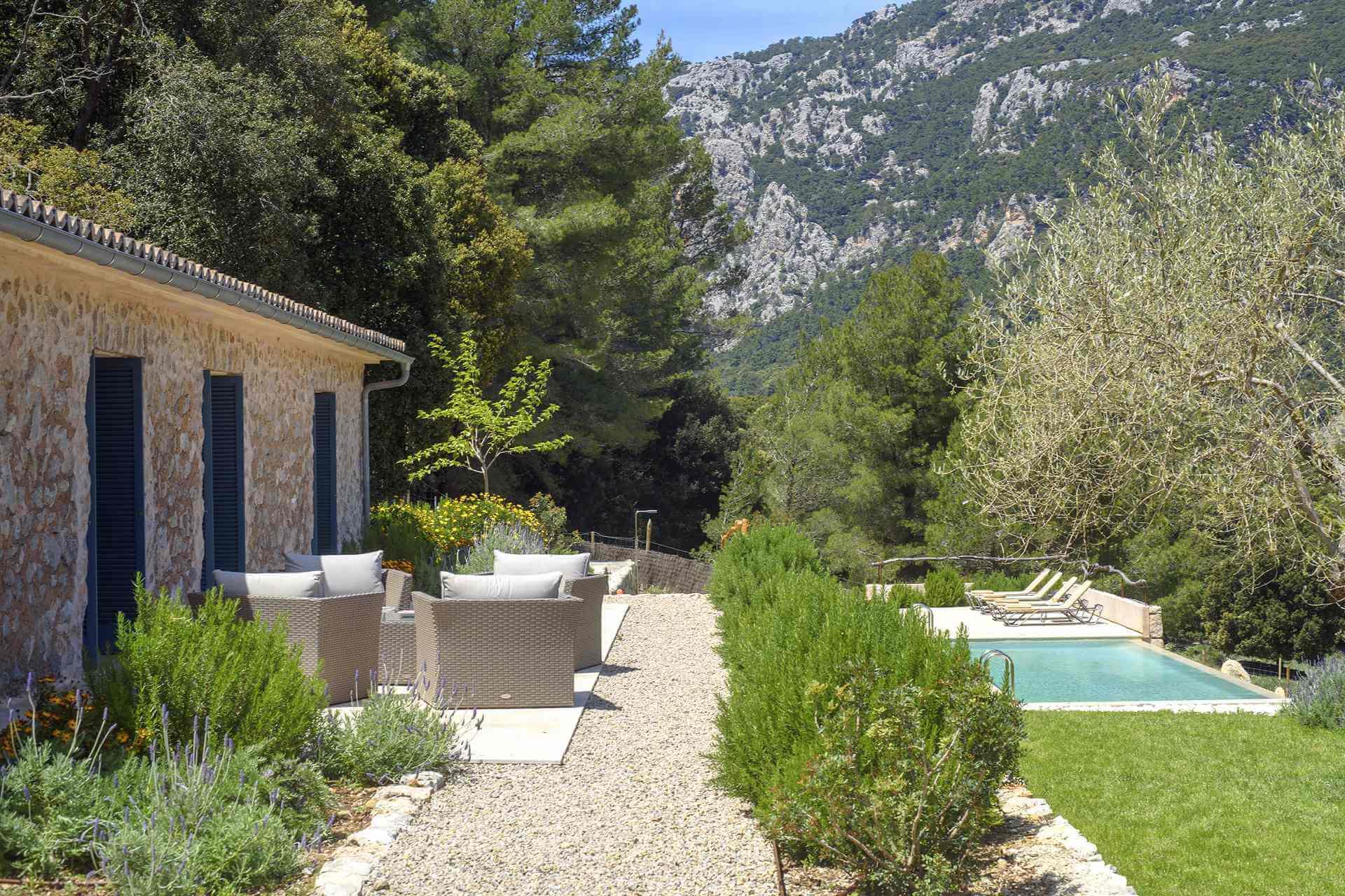 01-339 moderne kleine Finca Mallorca Westen Bild 2