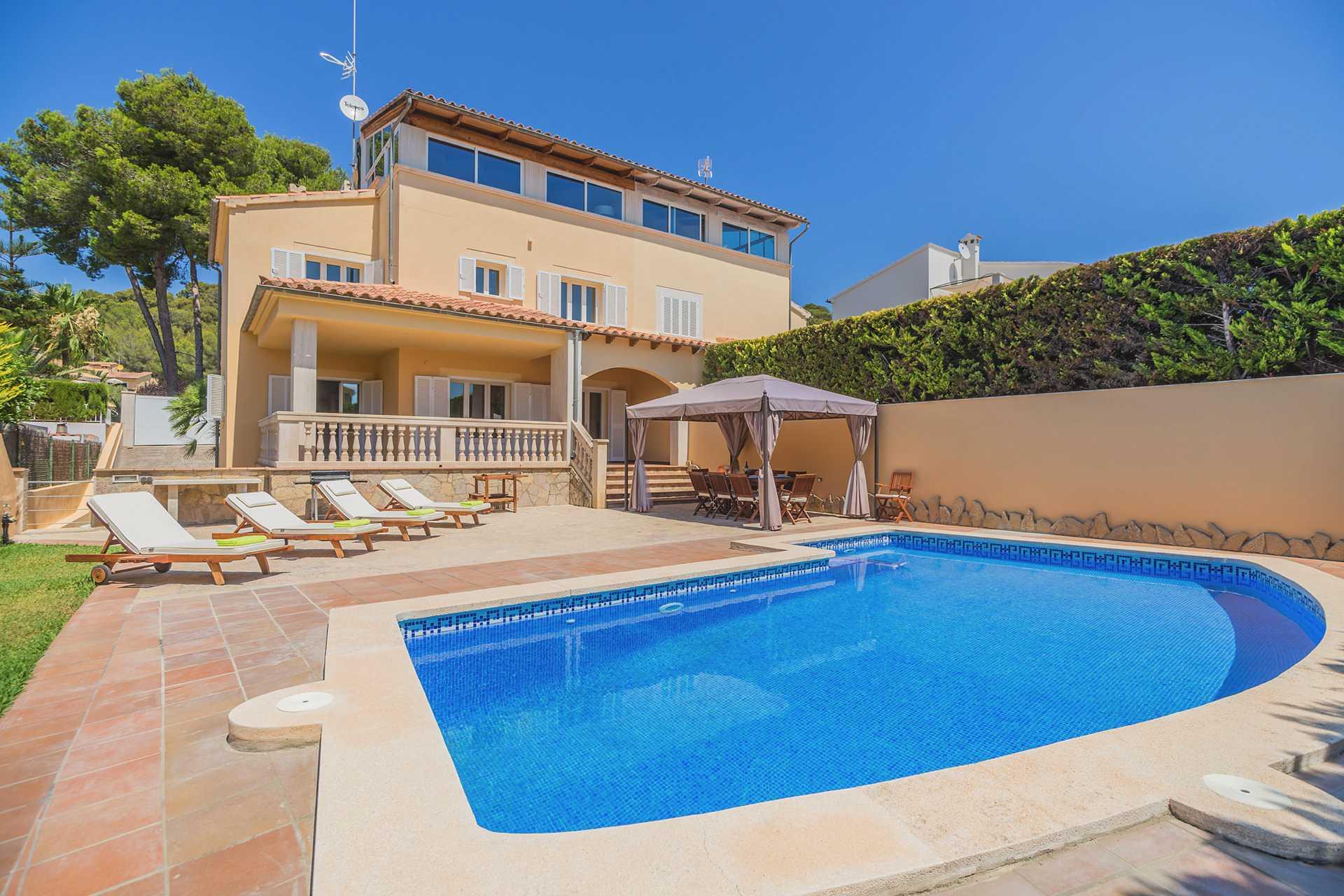 01-298 Golfplatz Chalet Mallorca Norden Bild 2