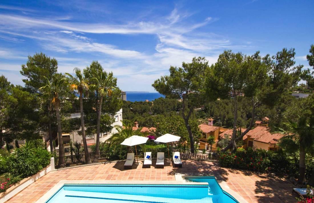01-305 romantische Villa Südwesten Mallorca Bild 2