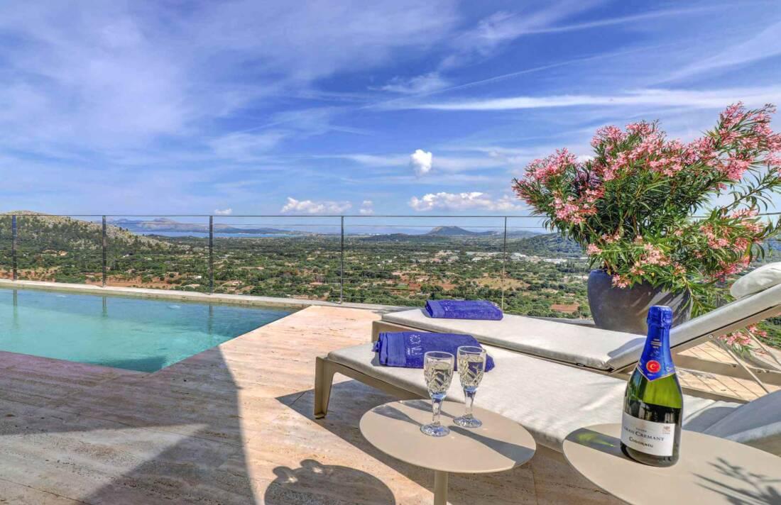 01-341 spektakuläre Villa Mallorca Norden Bild 2