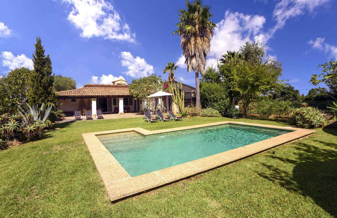 01-161 Finca mit hübschem Garten Mallorca Norden Bild 2
