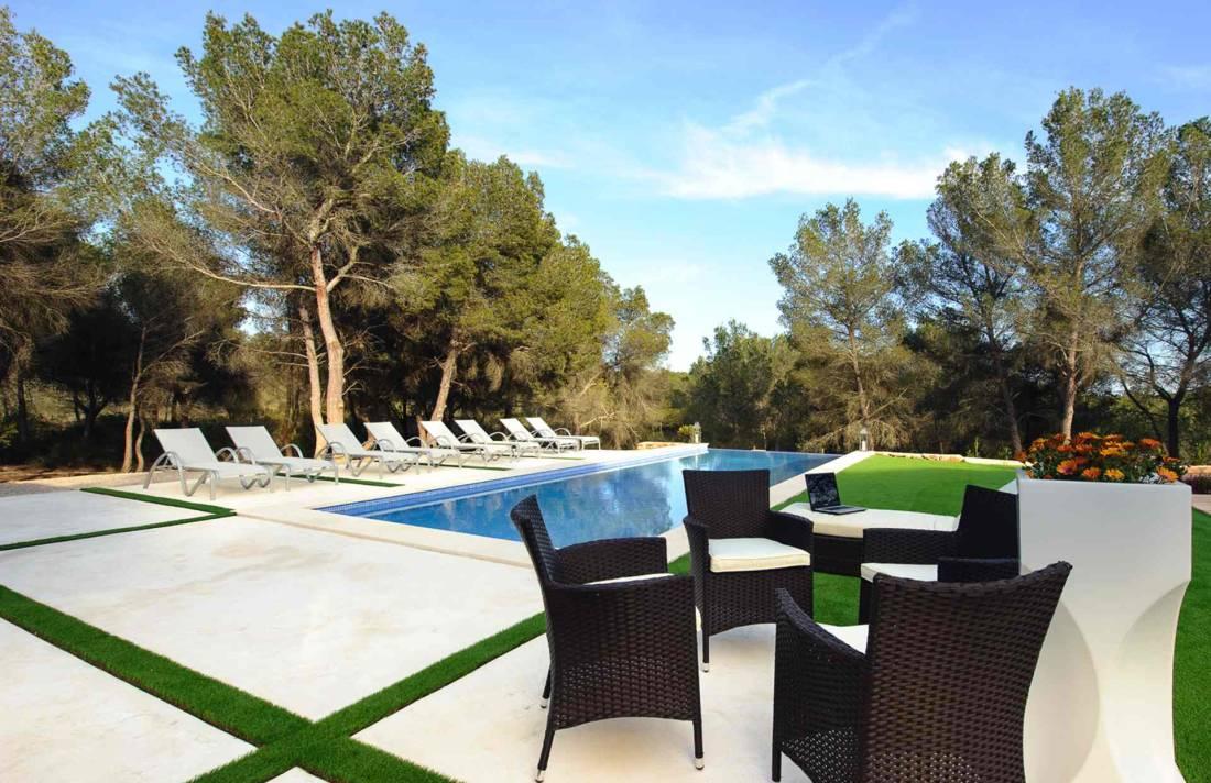 01-310 geschmackvolle Finca Mallorca Osten Bild 2