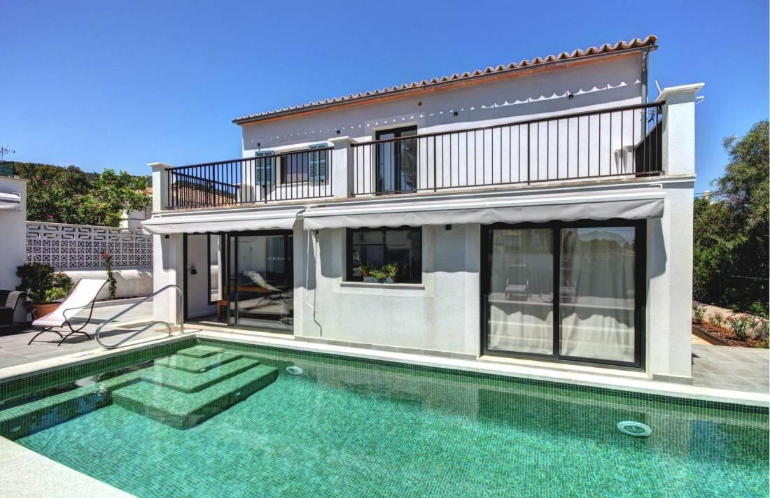 01-264 Modernes Ferienhaus Mallorca Südwesten Bild 2