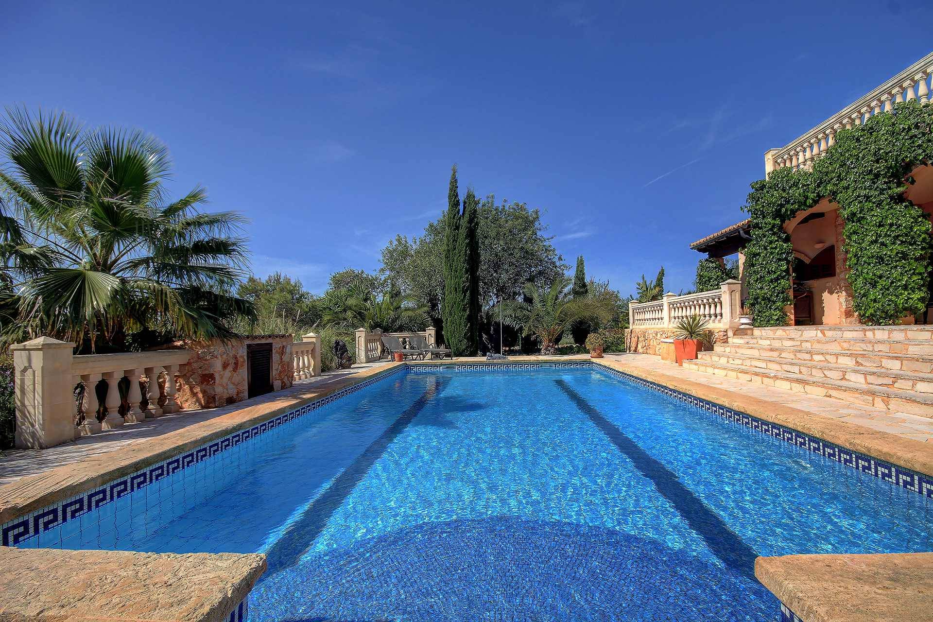 01-259 Finca Mallorca Süden mit Pool Bild 2