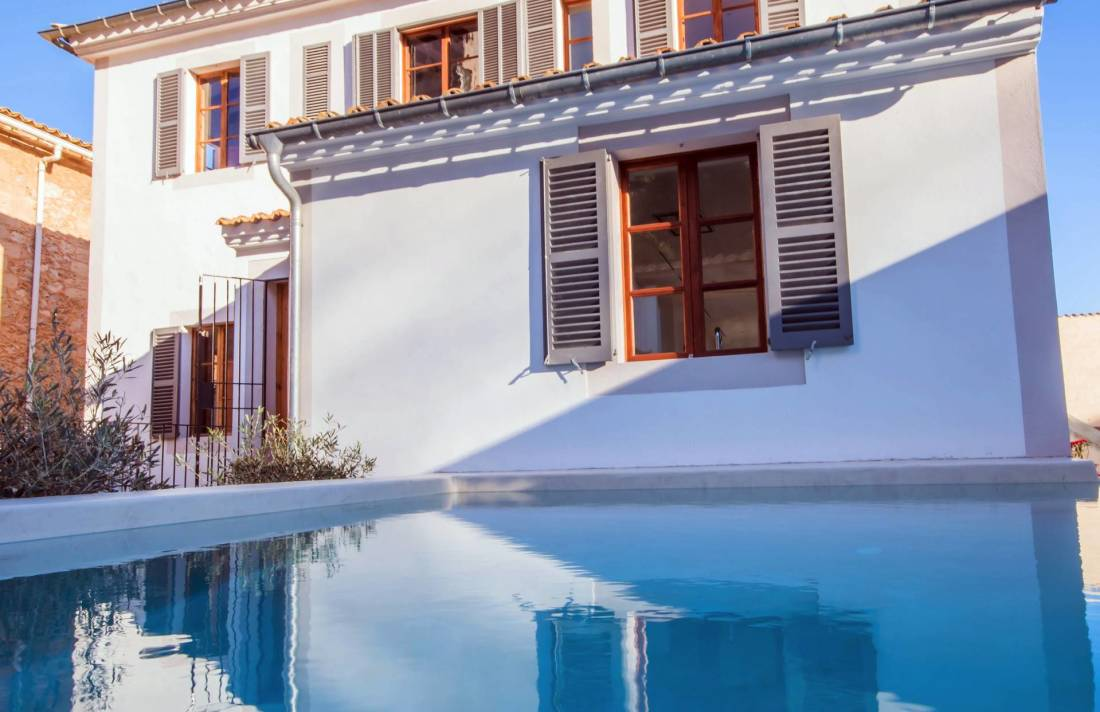 01-257 Luxus Ferienhaus Mallorca Südwesten Bild 2