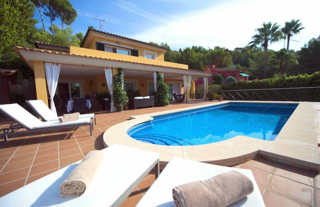 golfplatz villa s dwesten mallorca in bendinat luxus. Black Bedroom Furniture Sets. Home Design Ideas