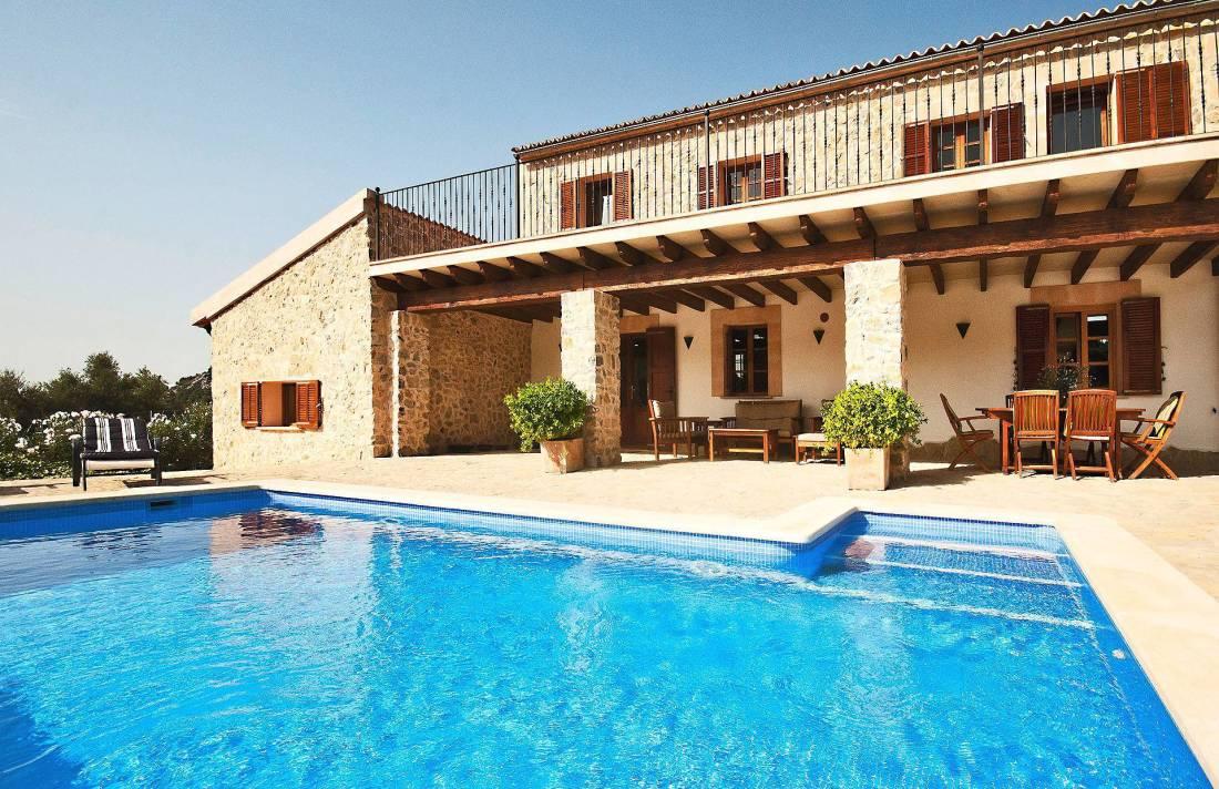 01-220 Finca Mallorca Norden mit Pool Bild 1