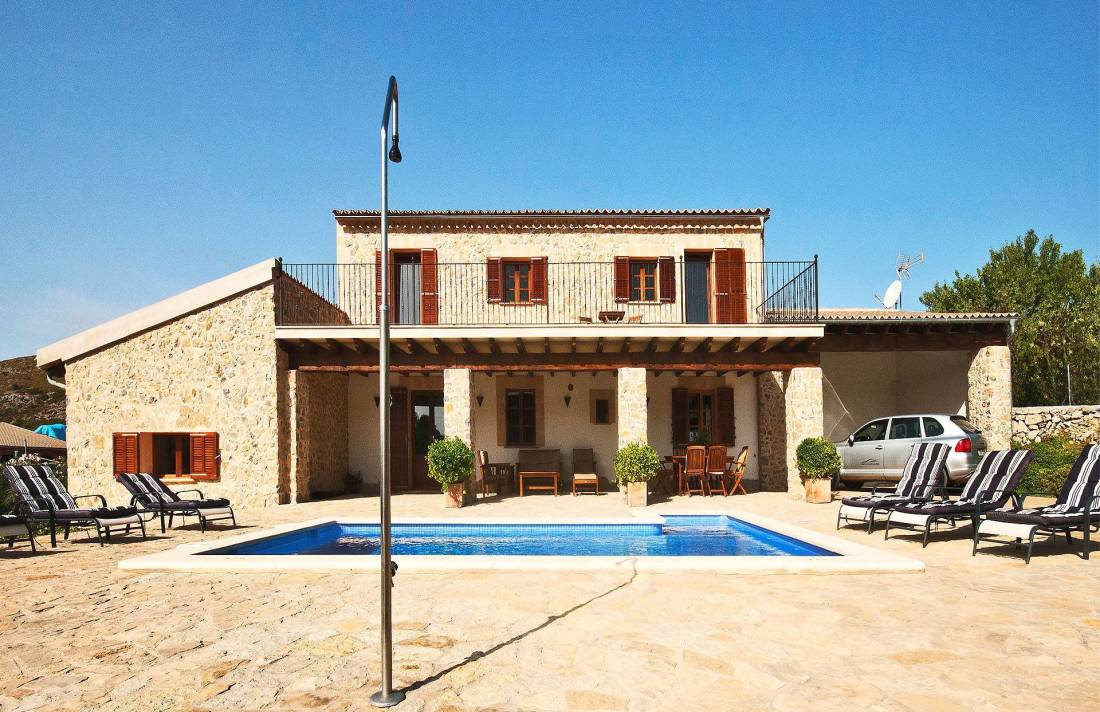 01-220 Finca Mallorca Norden mit Pool Bild 2
