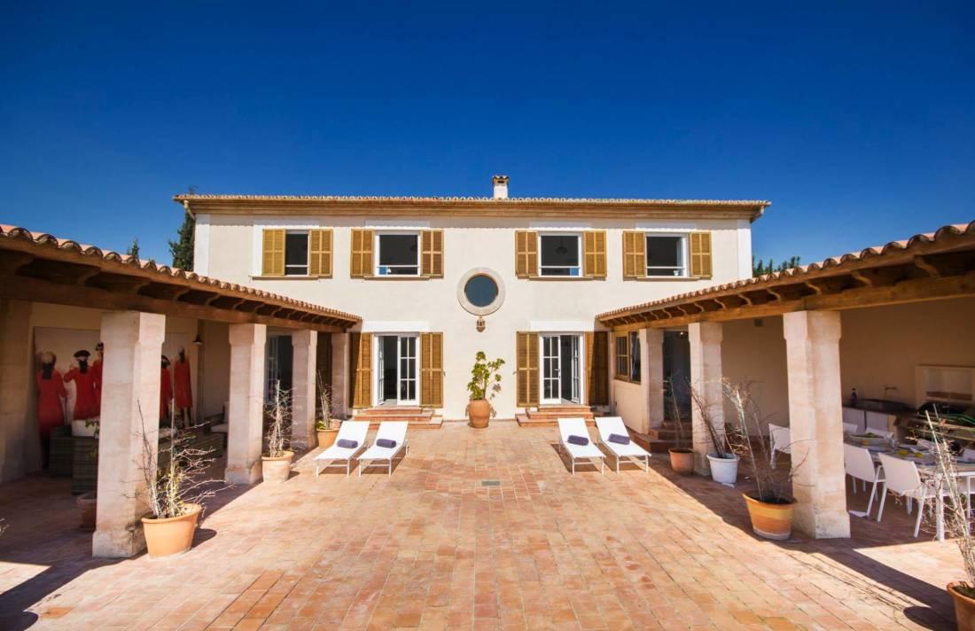 Moderne finca mallorca s dwesten in bunyola luxus for Mallorca villa mieten