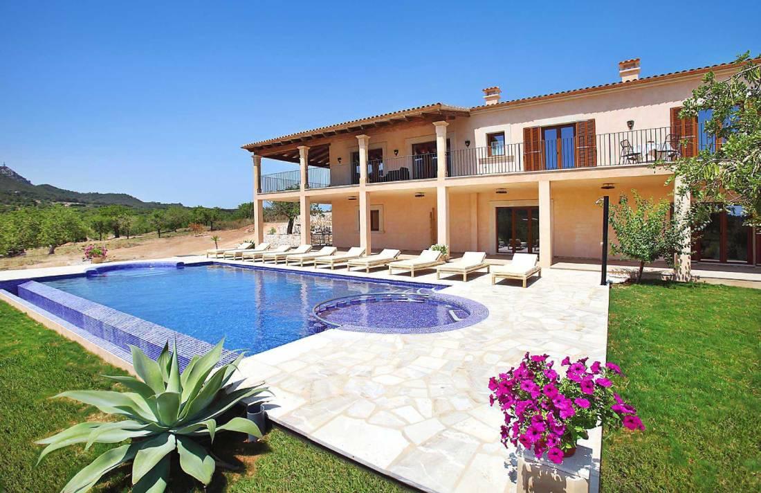 01-45 Exklusive Finca Mallorca Osten Bild 3