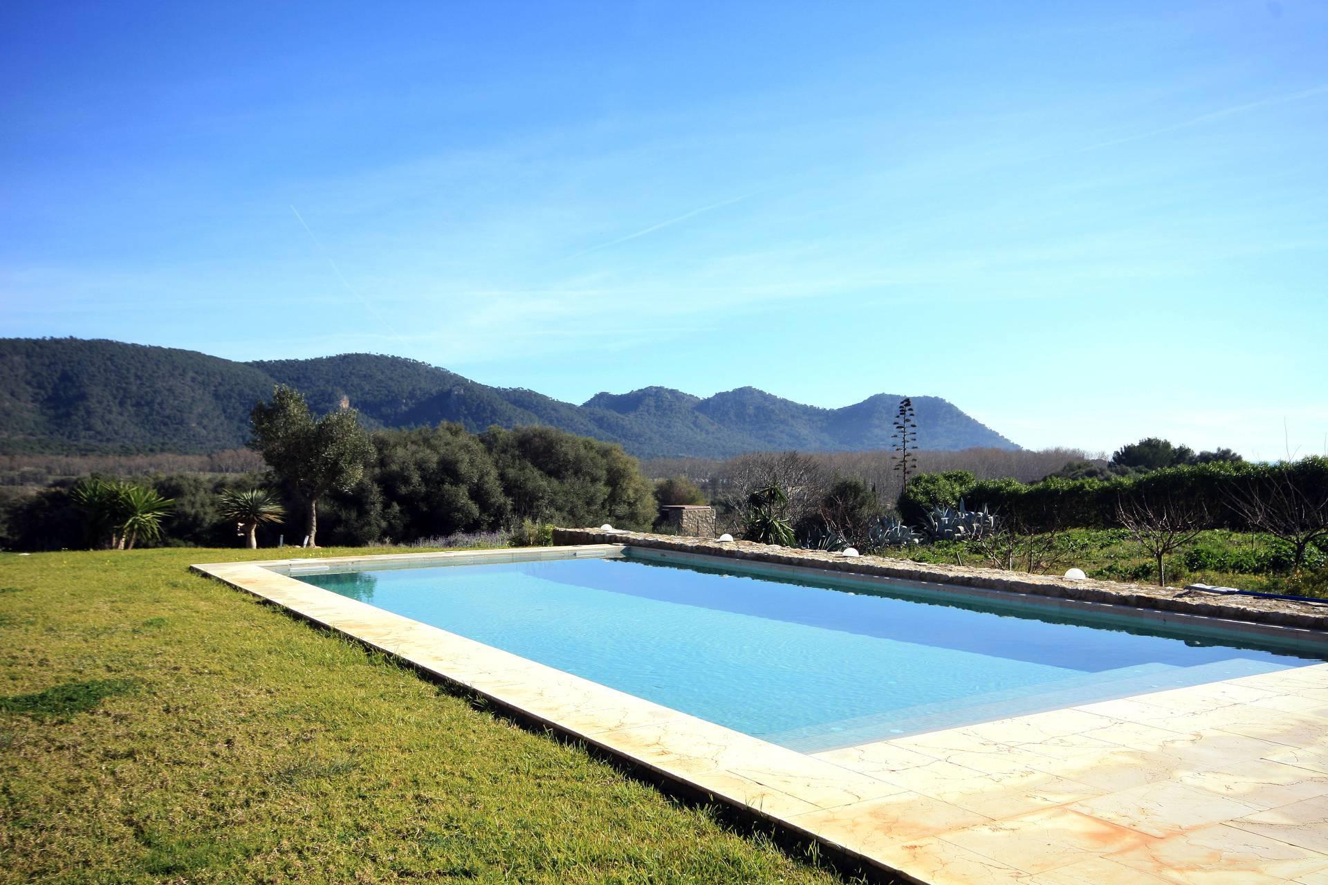 01-94 Elegante Finca Mallorca Nordosten Bild 3