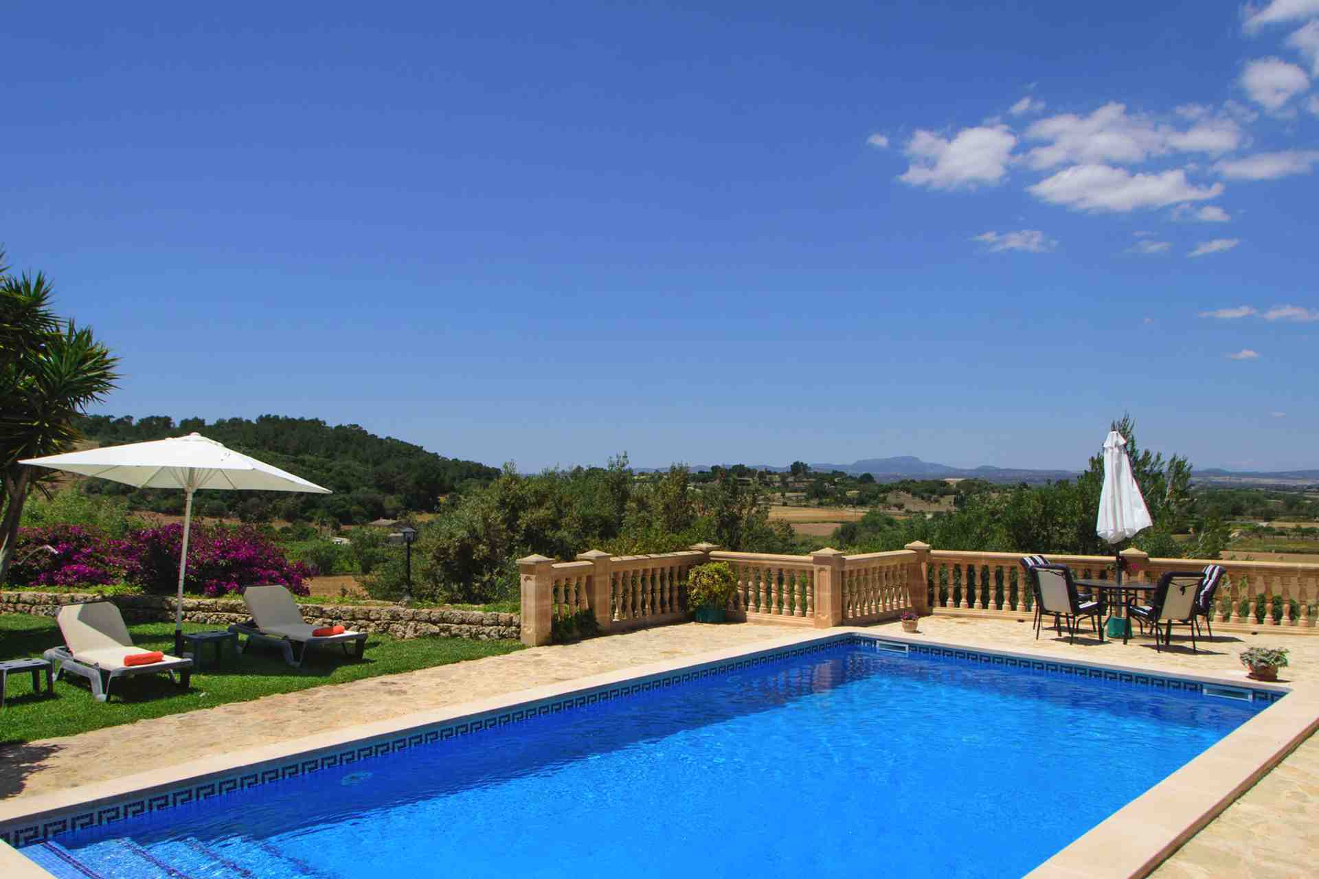 01-147 idyllic Finca Mallorca east Bild 3