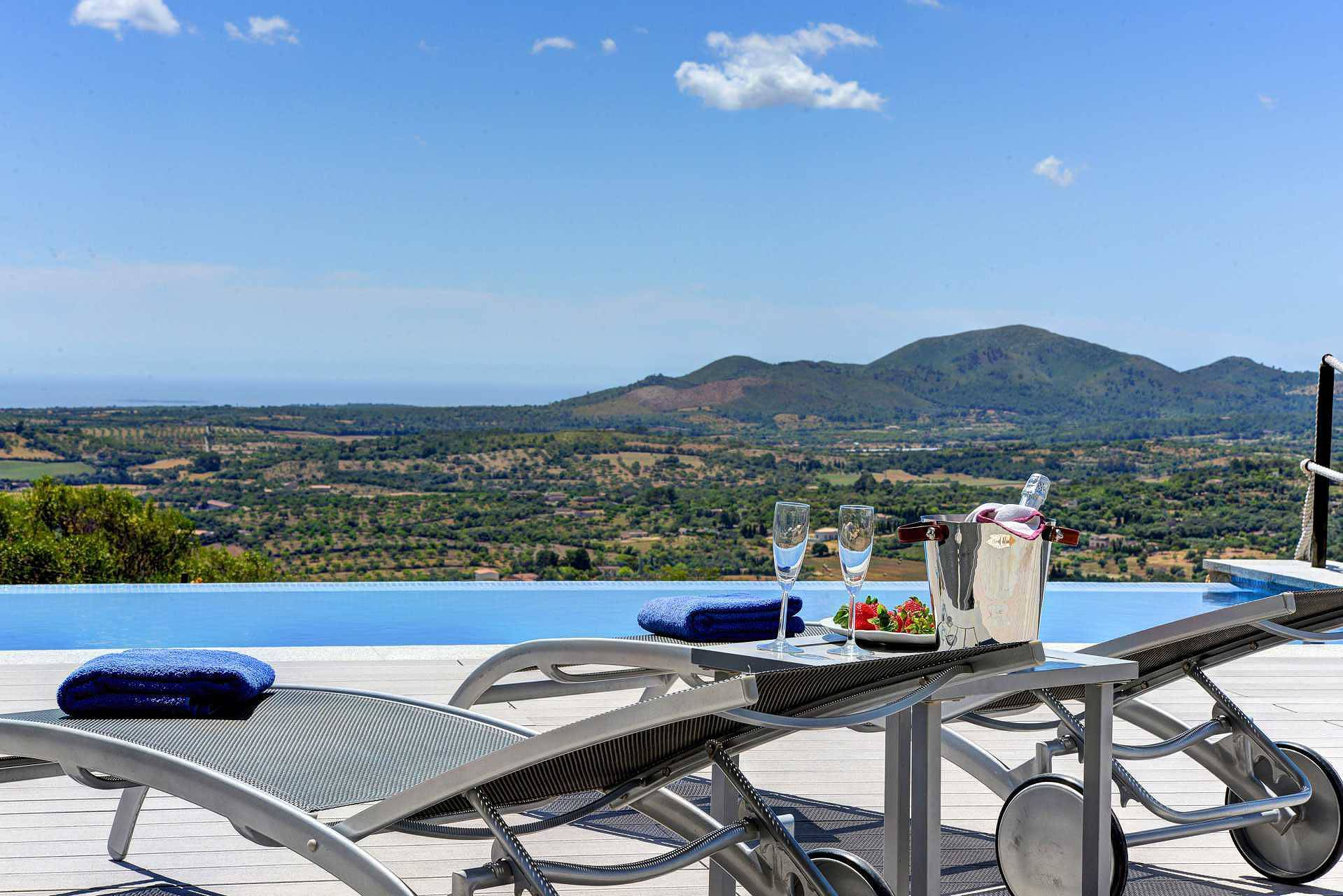 01-109 Design Finca Mallorca Osten Bild 3
